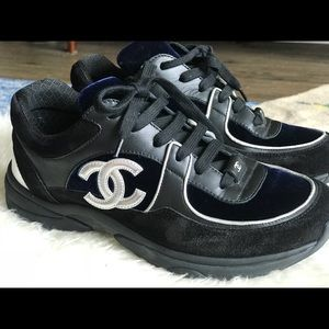 Chanel Sneakers. Size 38